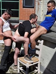 Outdoors: Brutal, Sweaty Threesome Gets These Brit Lads Well \'Ard & Pumping!